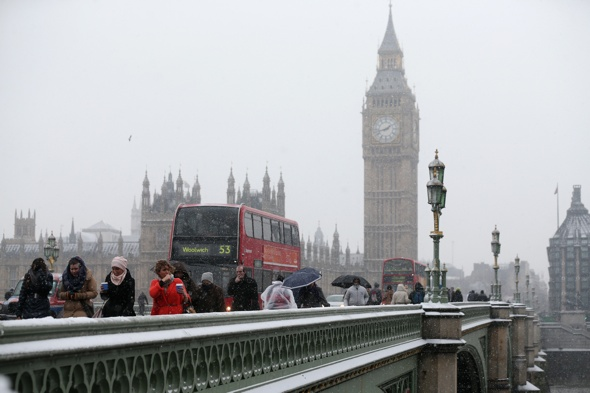 Snow to fall as coldest night of year approaches