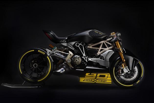 【ビデオ】ドゥカティ、ドラッグレーサーを意識したコンセプトバイク「draXter」を公開