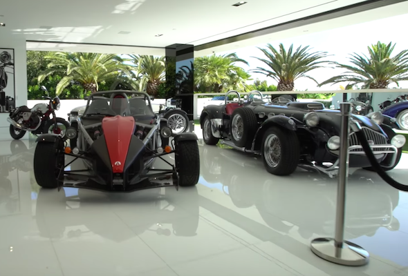America 39 S Most Expensive House Comes With Its Own Car