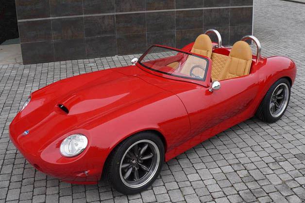クラッシックな外観と軽さが魅力 伊ATSの新型ロードスター「ATS レッジェーラ」