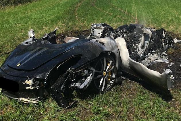 フェラーリ「430 スクーデリア」、納車からわずか1時間で無残な姿に