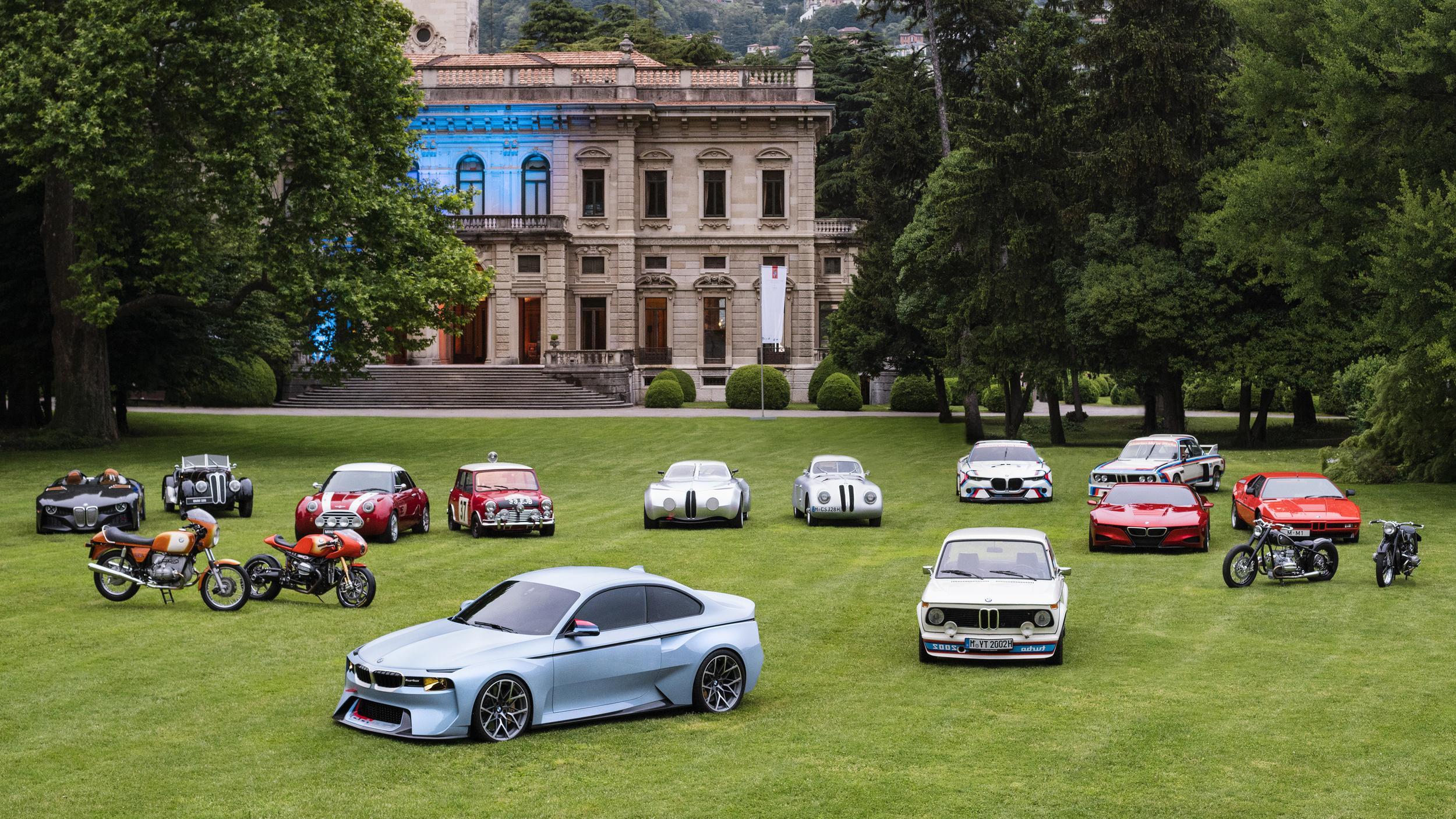 BMW 、過去の名車を現代に甦らせる「オマージュ」シリーズを一堂に展示!