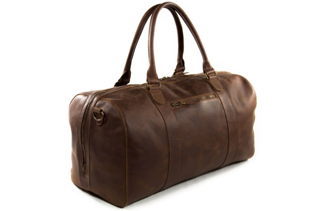 Buckle & Seam leather duffel bag