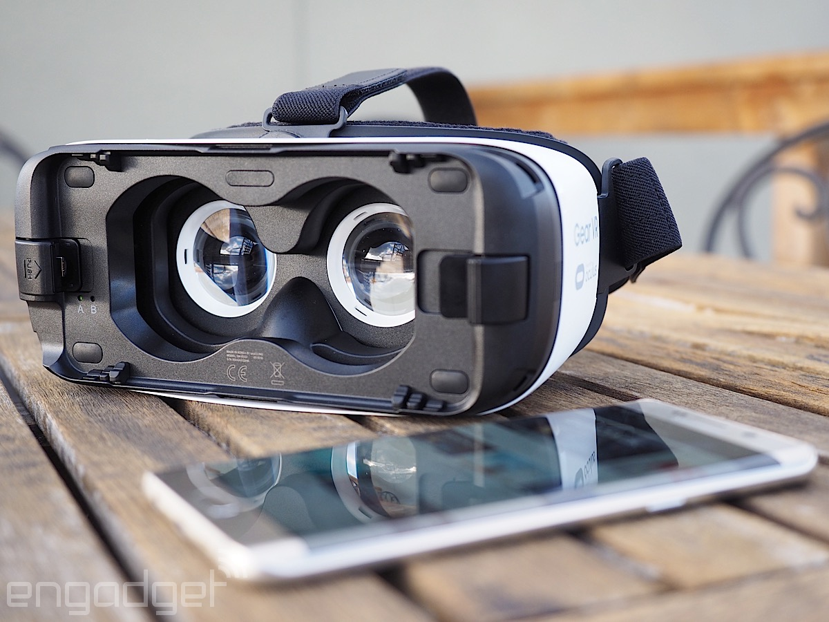 96ae6095ee18 Samsung Gear VR review (2015)  A no-brainer if you own a Samsung phone