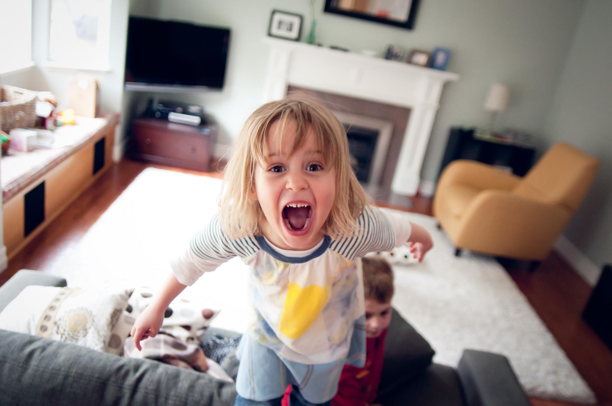 Seis errores que pueden convertir a tu hijo en un sociópata