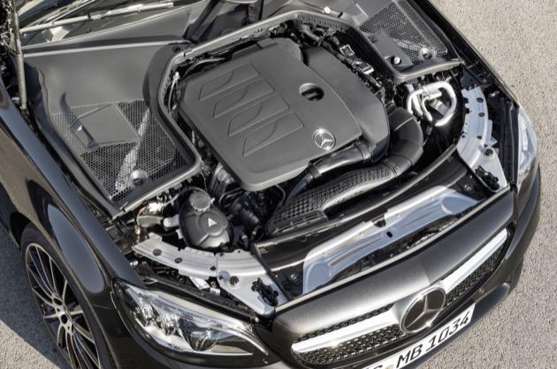 Mercedes-Benz C-Klasse Cabriolet Avantgarde, Exterieur: graphitgrau, Interieur: Leder cranberryrot/schwarz   Mercedes-Benz C-Class Cabriolet Avantgarde, exterior: graphite grey, interior: leather cranberry red/black