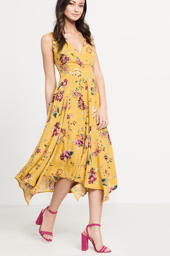 dcdf4cf8244 Best Summer Dresses 2018  20 Frocks You ll Want To Live In This ...