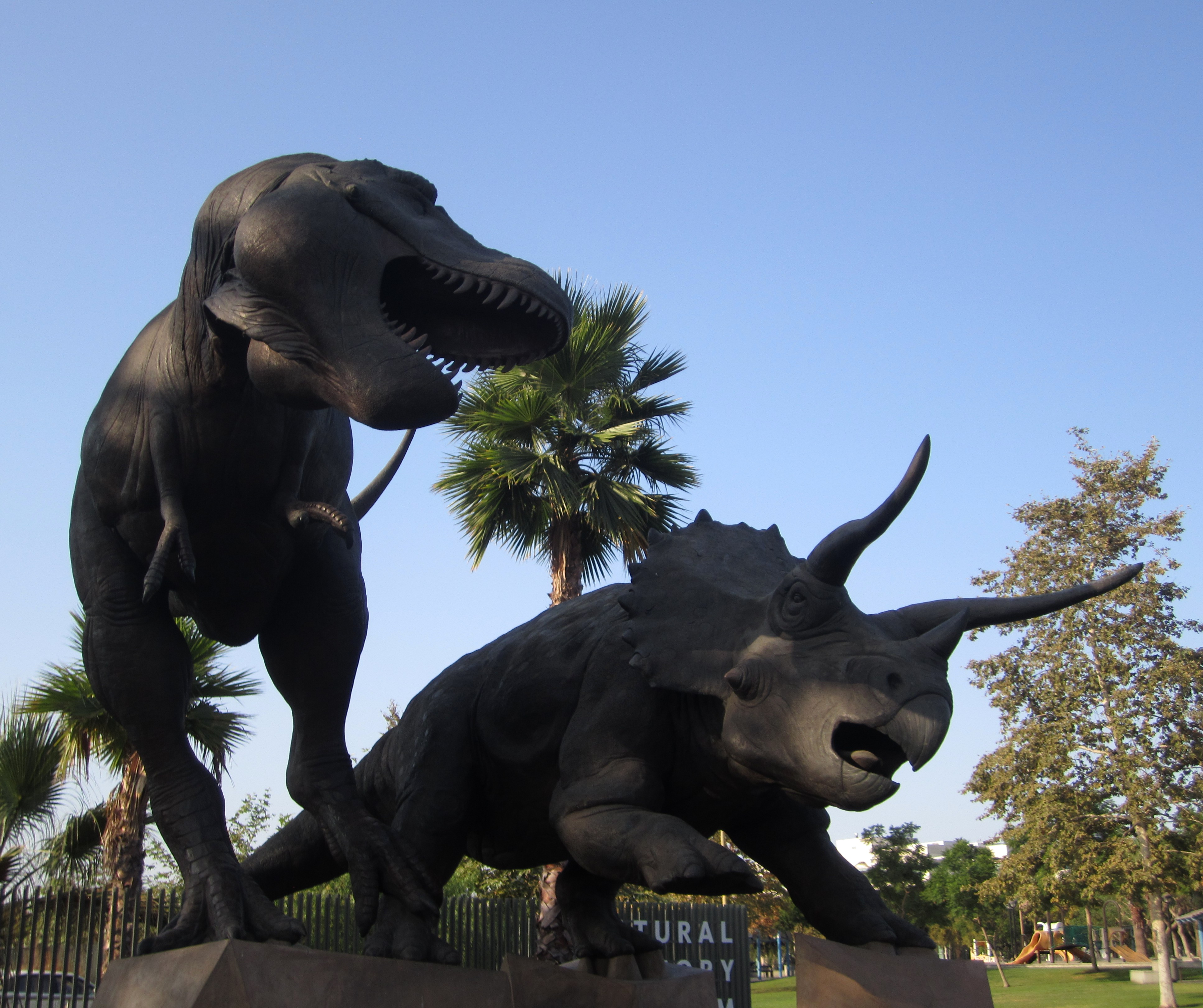 Top 5 Dinosaur Attractions in Southern California