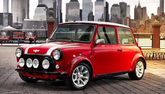 こっちも売ってほしい! 電気自動車に変身したクラシックMINIがニューヨークに出現!