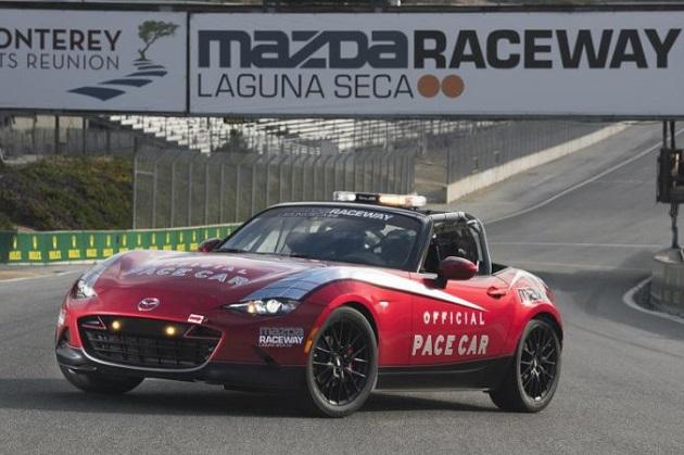 新型マツダ「MX-5カップ」レースカーの1台目が、ラグナ・セカのペースカーに起用