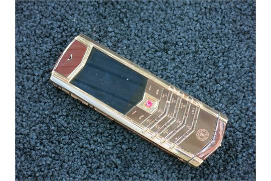 Vertu's fire sale phones are still too expensive