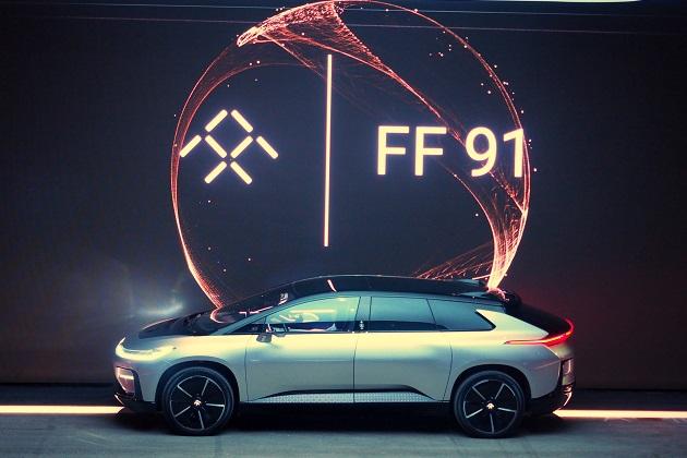 ファラデー・フューチャー、初の市販モデルとなる1050馬力の電気自動車「FF91」をCESで公開!