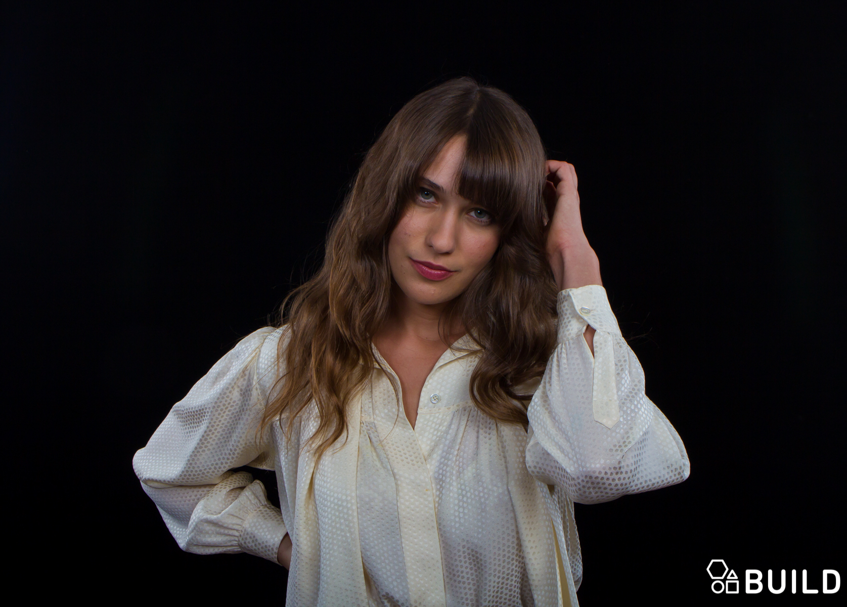 Onlyonaol Welcome To The Jungle Lola Kirke Aol Entertainment