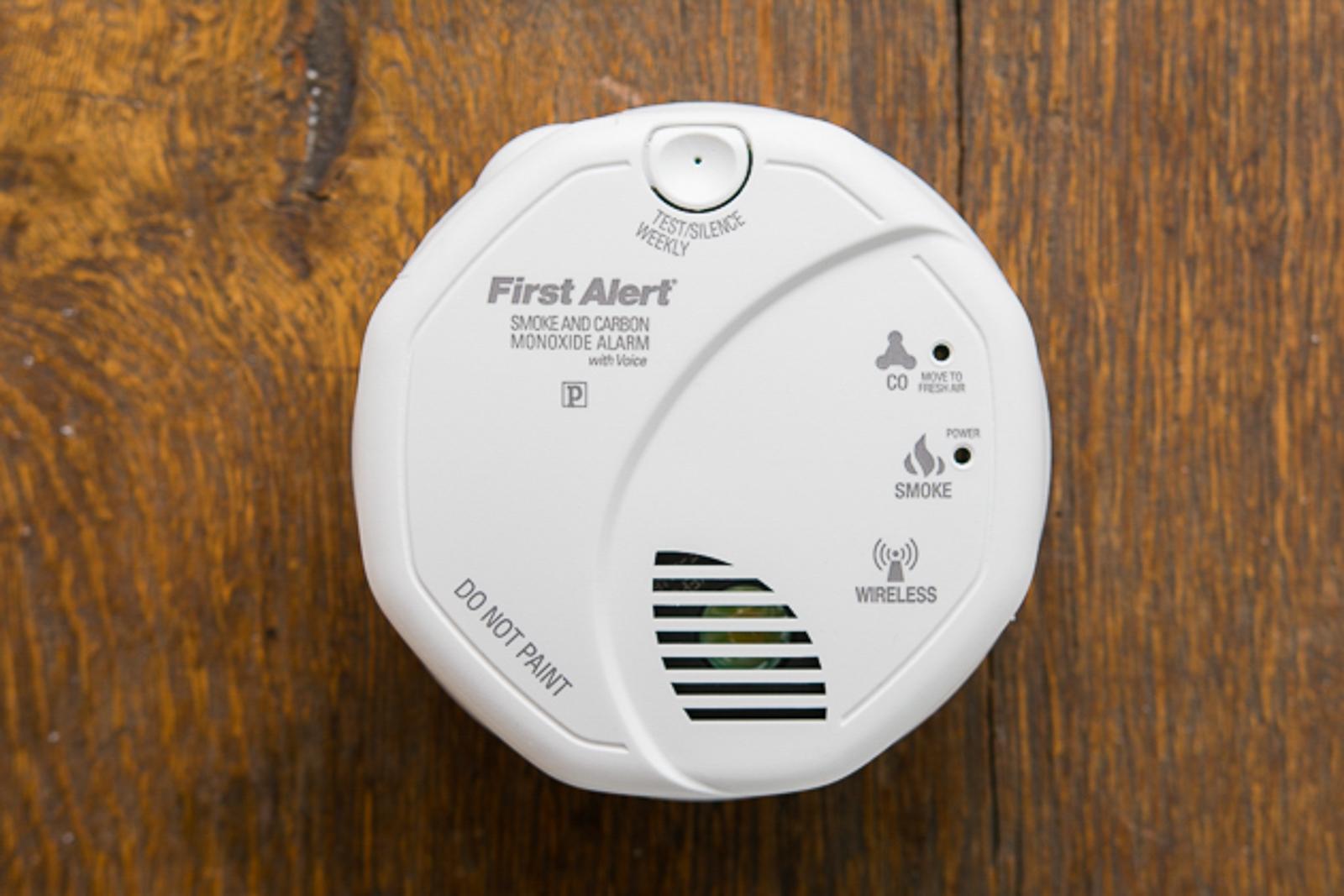 - 05 basic smoke detectors 1600 - The best basic smoke alarm
