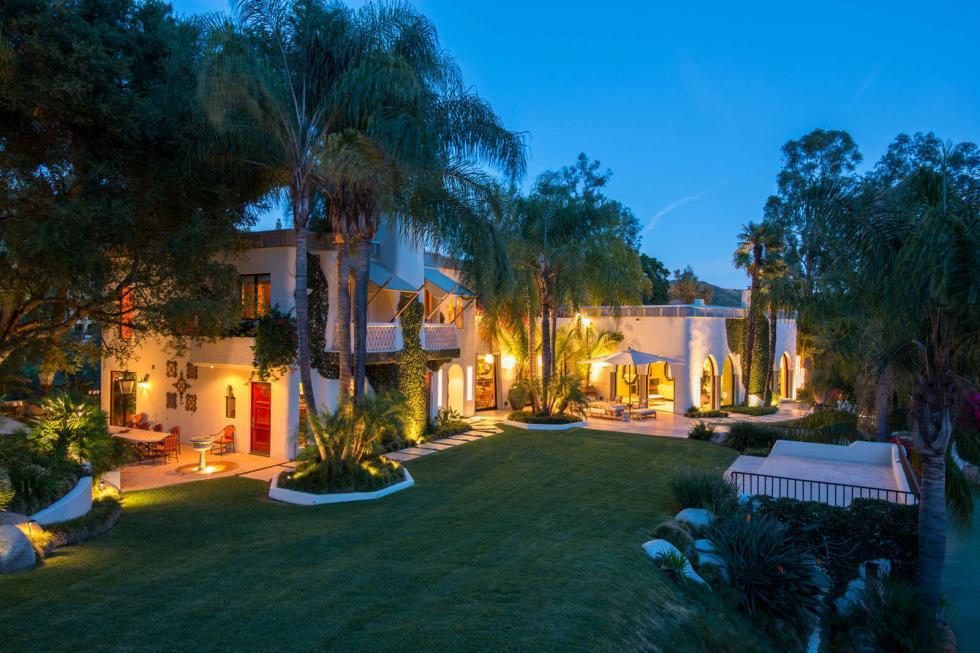 L'ancien manoir de Cher à Beverly Hills, imaginé par elle-même, est à
