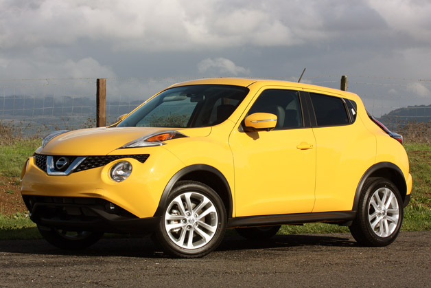 2015 Nissan Juke - front three-quarter view