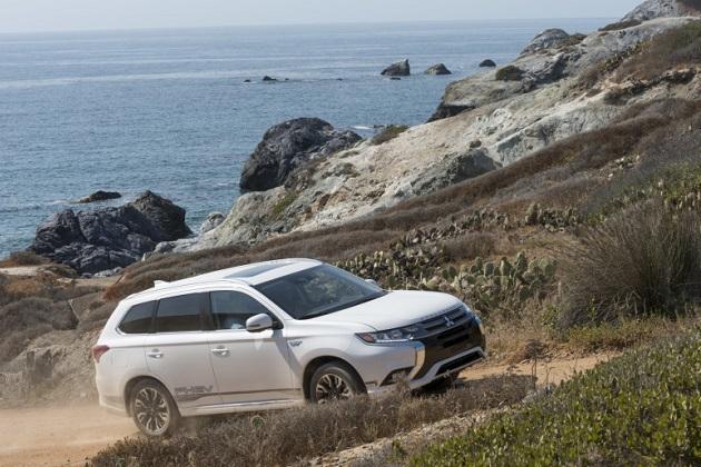 三菱自動車、米国での販売台数が10年ぶりに10万台超え! 好調の理由とは?