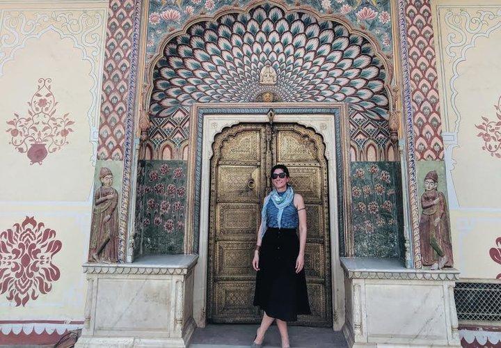 L'auteur travaille sur un projet de guide touristique à Jaipur, en