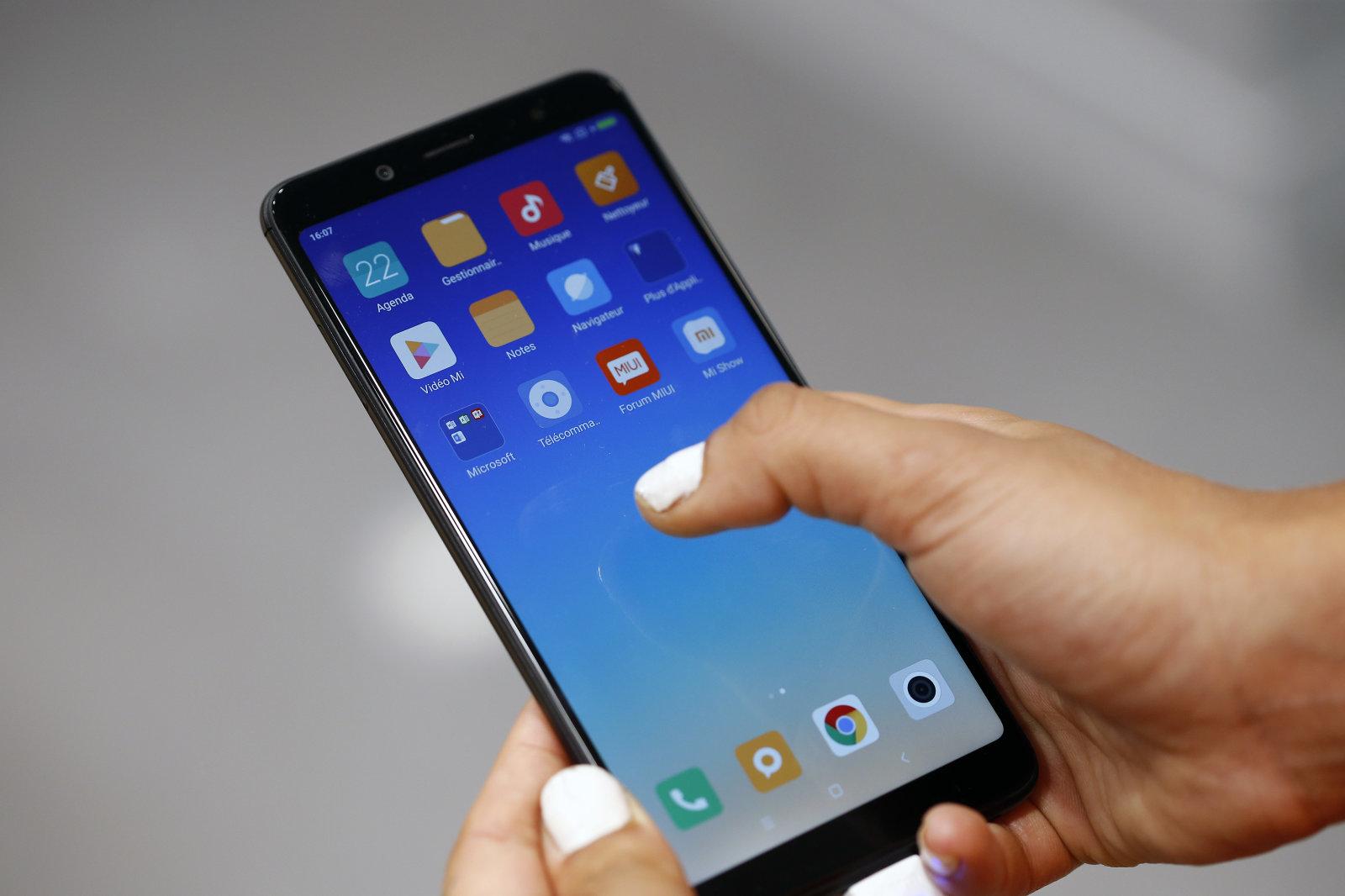 全球智能手机销售量似乎有复苏迹象
