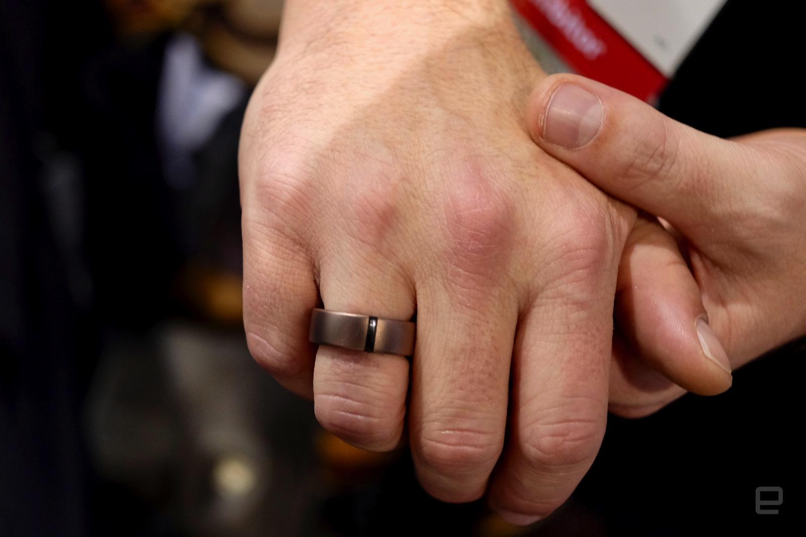 Motiv crammed a full fitness tracker into a ring
