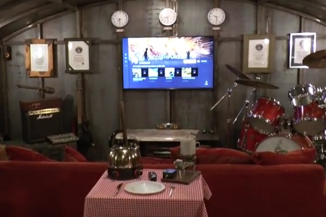 Man Cave Metal : Incredible underground man cave revealed aol