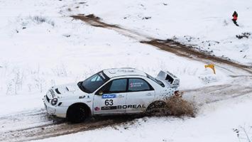 2017 Porsche Macan Sno Drift