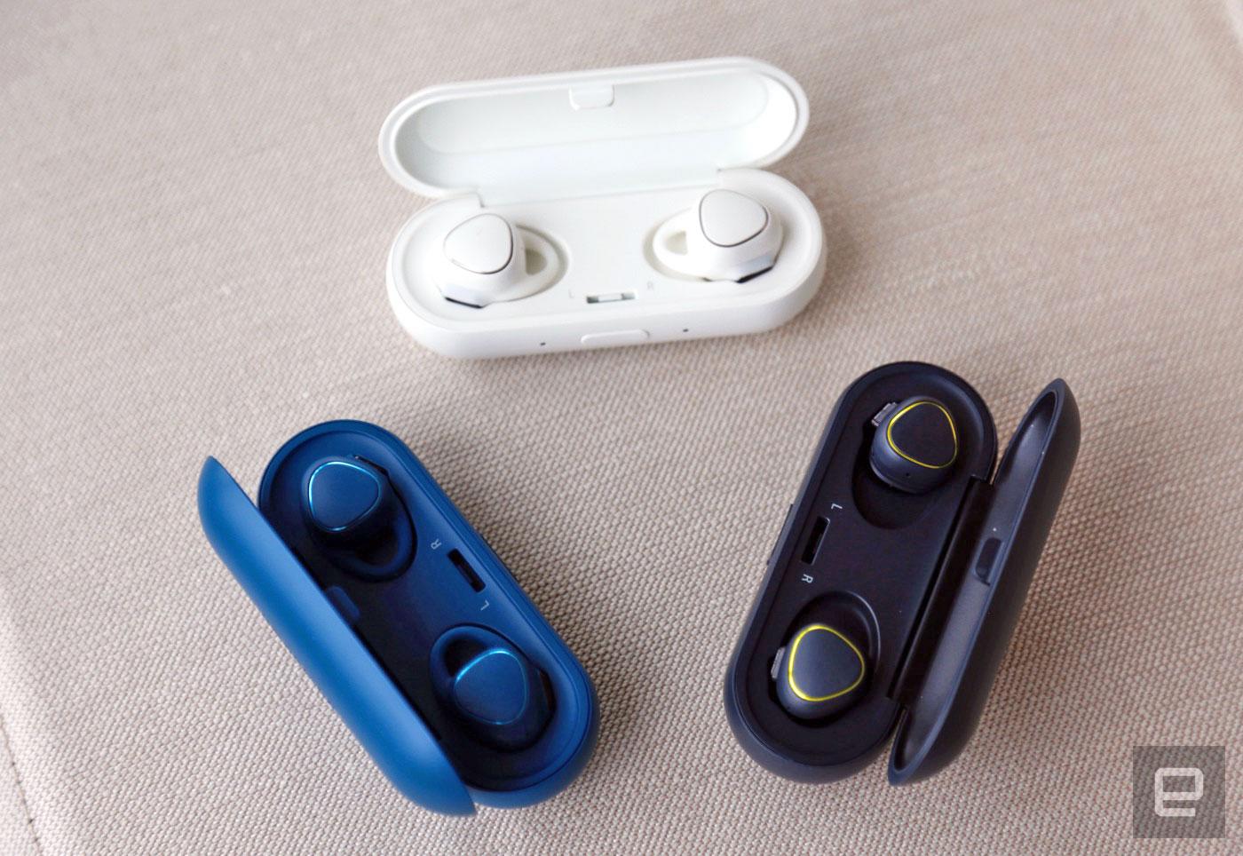 三星的 Gear IconX 耳机在听歌之余还能记录你的步数、心率
