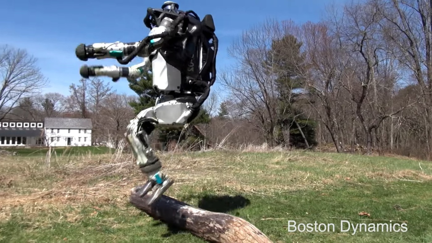 Boston Dynamics' Atlas robot shows off its agility for the scouts