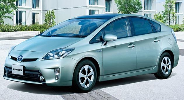 2014年 国内自動車メーカー低燃...