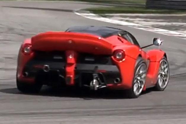 【ビデオ】「ラ フェラーリXX」のプロトタイプ、激しい走行のし過ぎでサスが破損