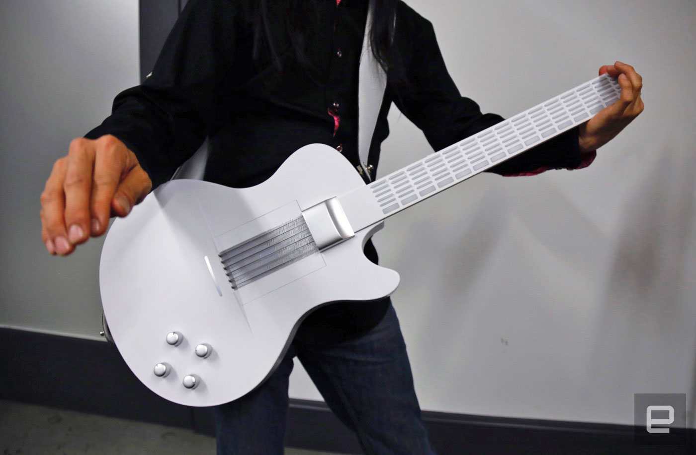 Magic Instruments Digital Guitar Makes It Easy For Anyone To Jam