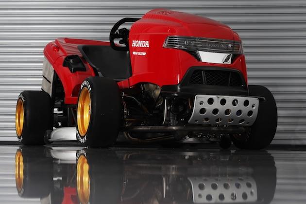 【ビデオ】ホンダの「世界最速の芝刈り機」、新バージョンは240km/hを超える!?
