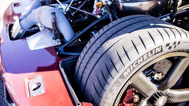 北米国際オートショーでクリスチャン・フォン・ケーニグセグにインタビュー! タイヤ、最高速度記録、腕時計について語る