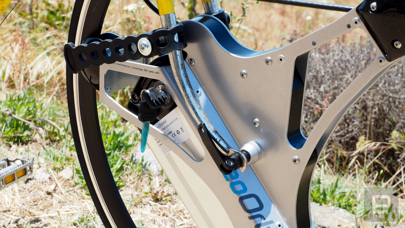 Pricey electric bicycle wheel gets you to work sweat-free