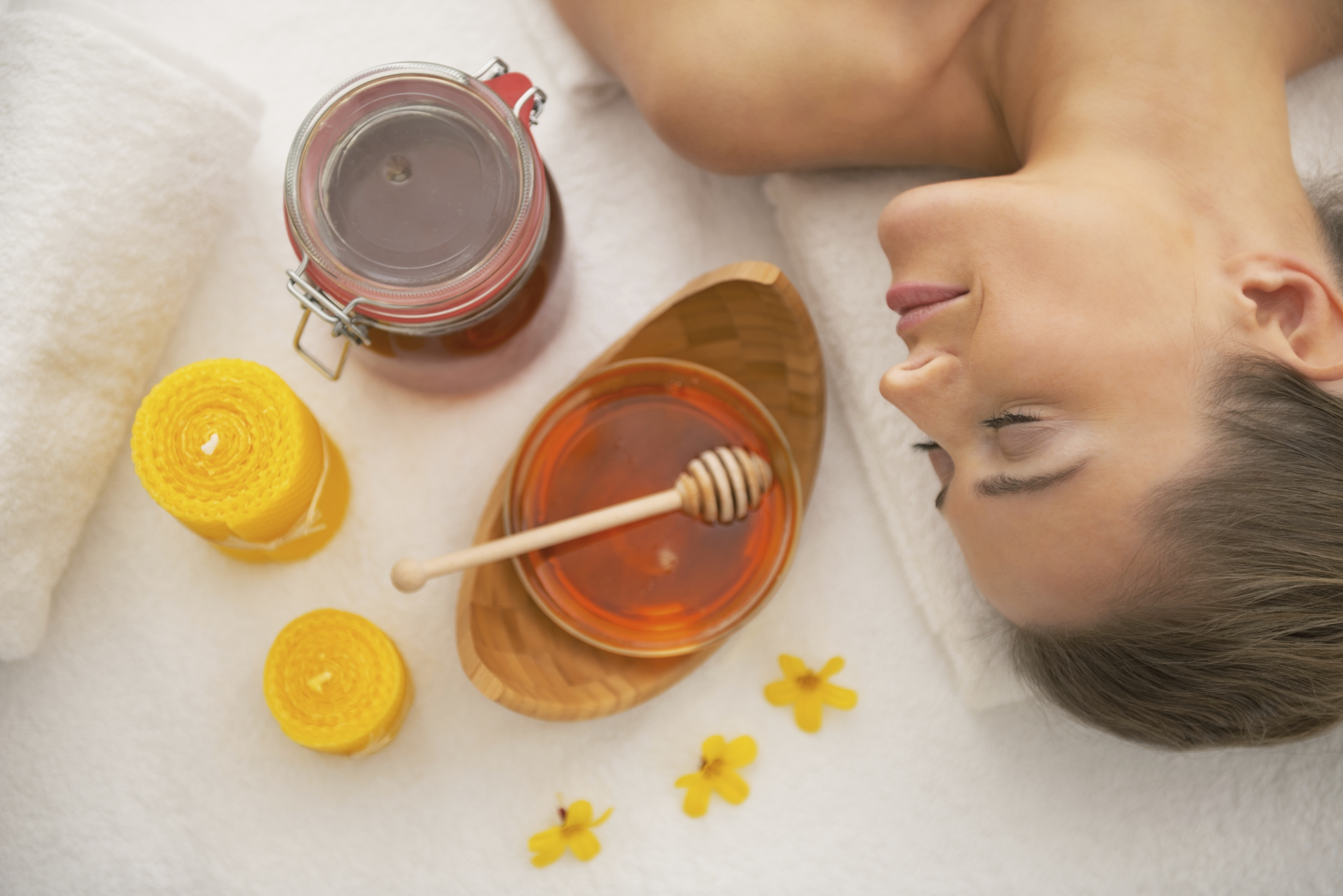 Sweet like honey! These life hacks for using honey in your beauty ...