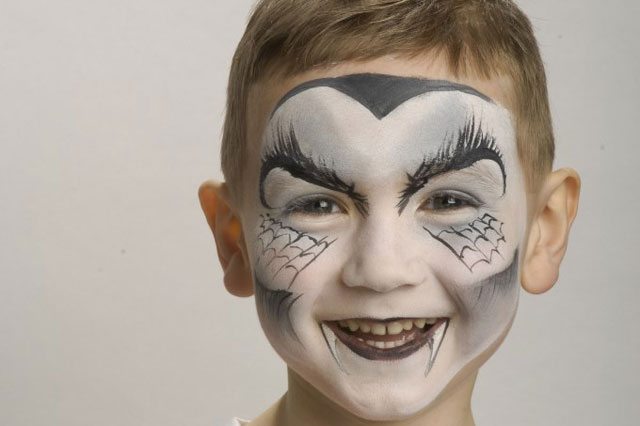 Halloween Face Painting Tutorial Dracula Huffpost Uk