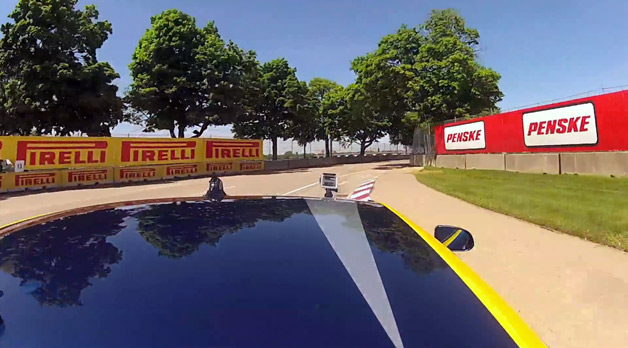 【ビデオ】Autoblogの編集者がベル・アイルでマクラーレン「12C GT3」を駆る!