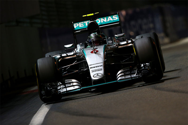 Nico Rosberg drives at the 2015 Singapore Grand Prix.