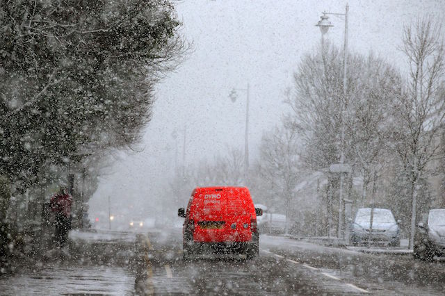 A van driving down Dumbarton Road in Stirling during a snow blizzard, as a cold weather front is to sweep in with temperatures expected to drop as much as 10C to below zero overnight into Thursday.