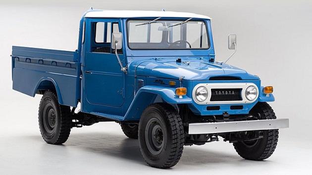 新車同様にレストアされたトヨタ「ランドクルーザー FJ45」が、オークション・サイトで販売中