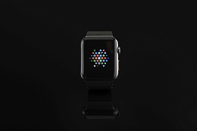 Apple Watch review: a status symbol for iOS devotees
