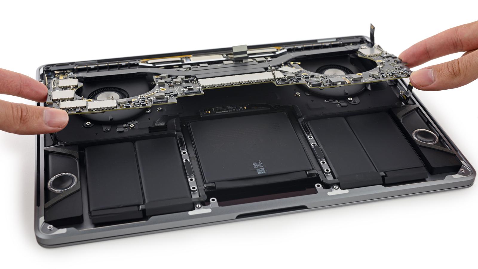 タッチバー付き13インチMacBook ...