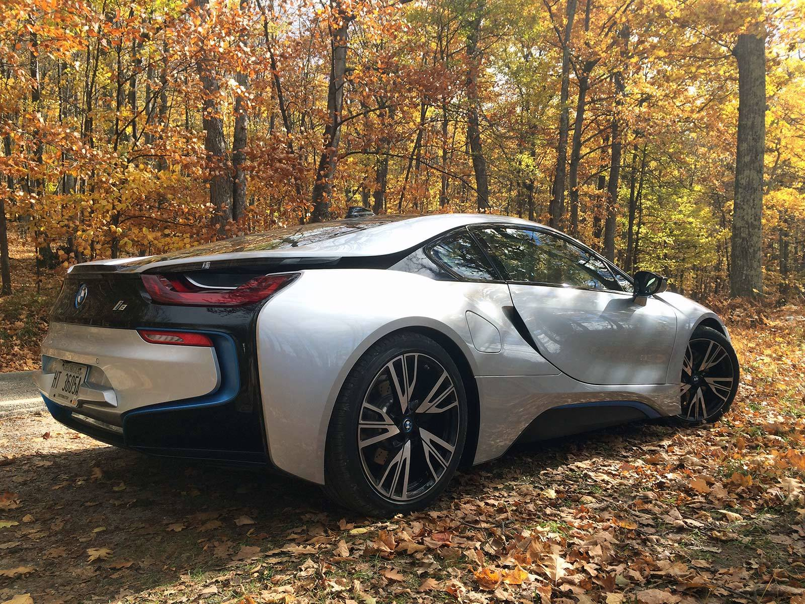 Https 2016 02 20 Daimler Exec Drive Electric Gmc Pickup Truck Suburban Undercover Battery Kill Switch Wiring Ebay 2015 Bmw I8 Tunnel Of Trees 1