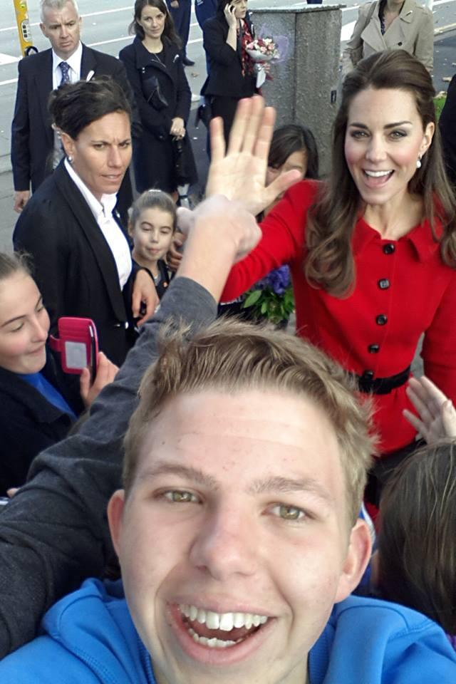 Kate Middleton photobomb