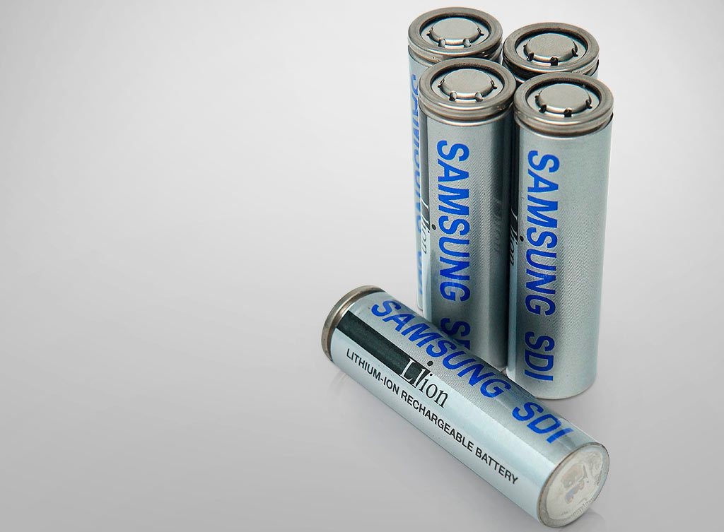 If Batteries Like Those Used By Tesla And Chevy Could Be Charged In Five Minutes Rather Than An Hour It Would Obviously Make Evs A Lot More Practical For