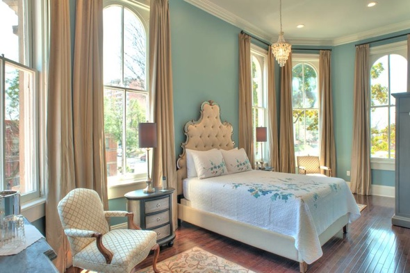Couple buys Memphis landmark for a dollar and turn it into luxury B&B