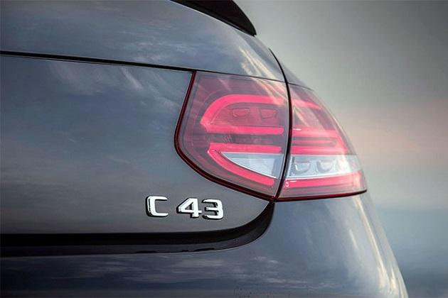 「メルセデスAMG C 43」の後継か!? ダイムラーが「C 53」の国際商標登録を申請