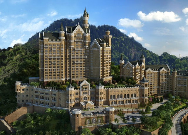 Fairytale Castle Hotel opens in China