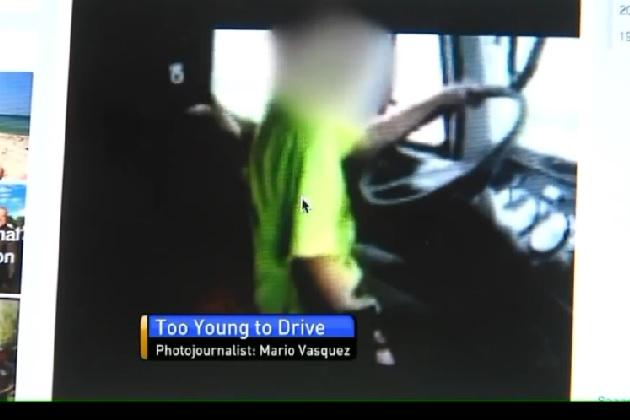 【ビデオ】12歳の息子が大型トラックを運転!?  元夫のFacebookで知った母親が大激怒