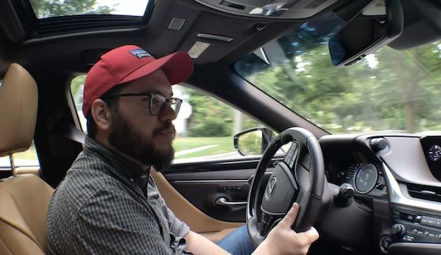 【ビデオ】新型レクサス「ES300h」の静かで快適なインテリア!